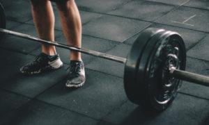 Az izomdiszmorfia és a normál testépítés